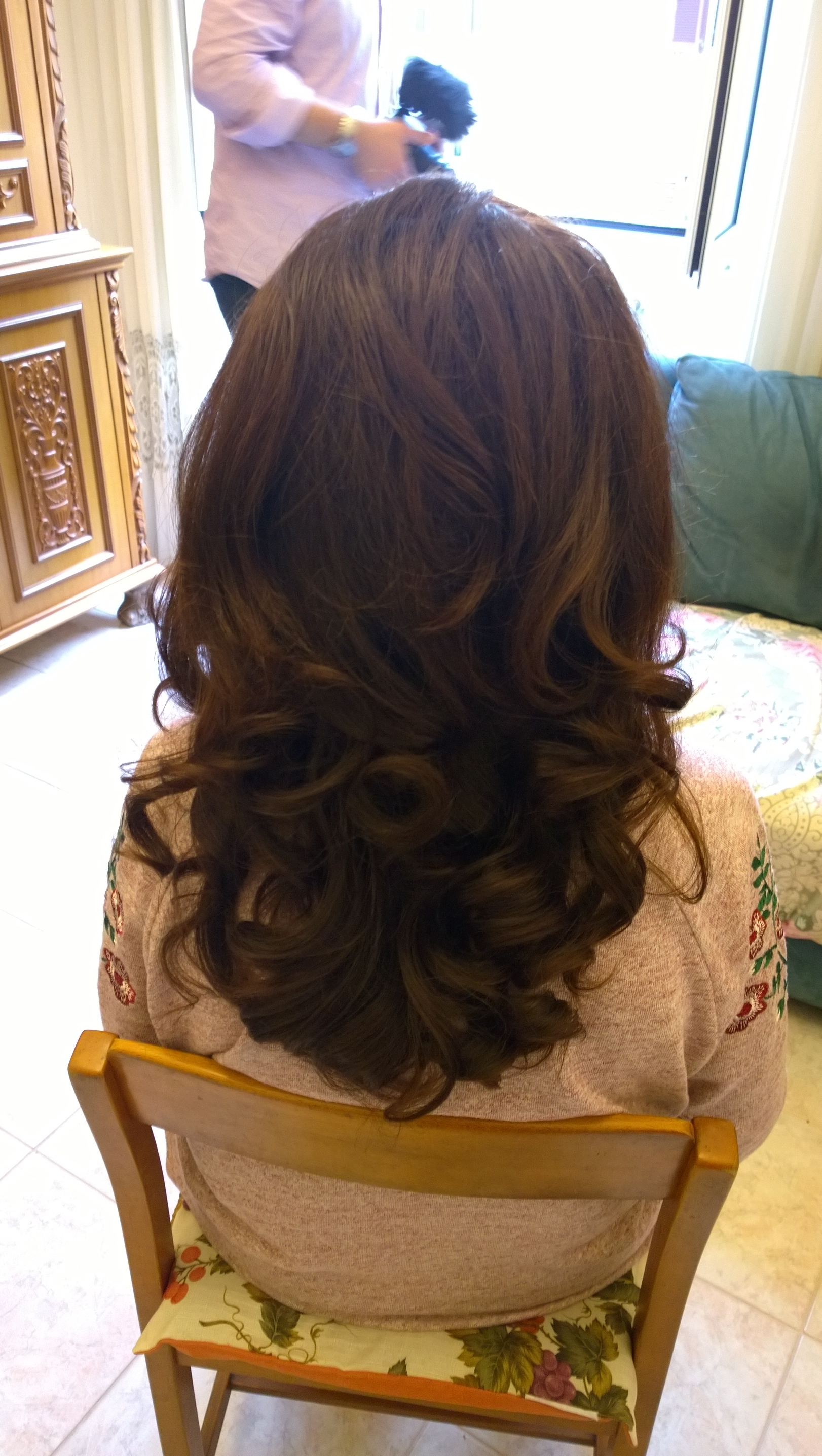 Big Bouncy Wavy Hair In Rome Italy Janita Helova